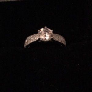 Jewelry - New vintage micropave  diamond  milgrain ring 7